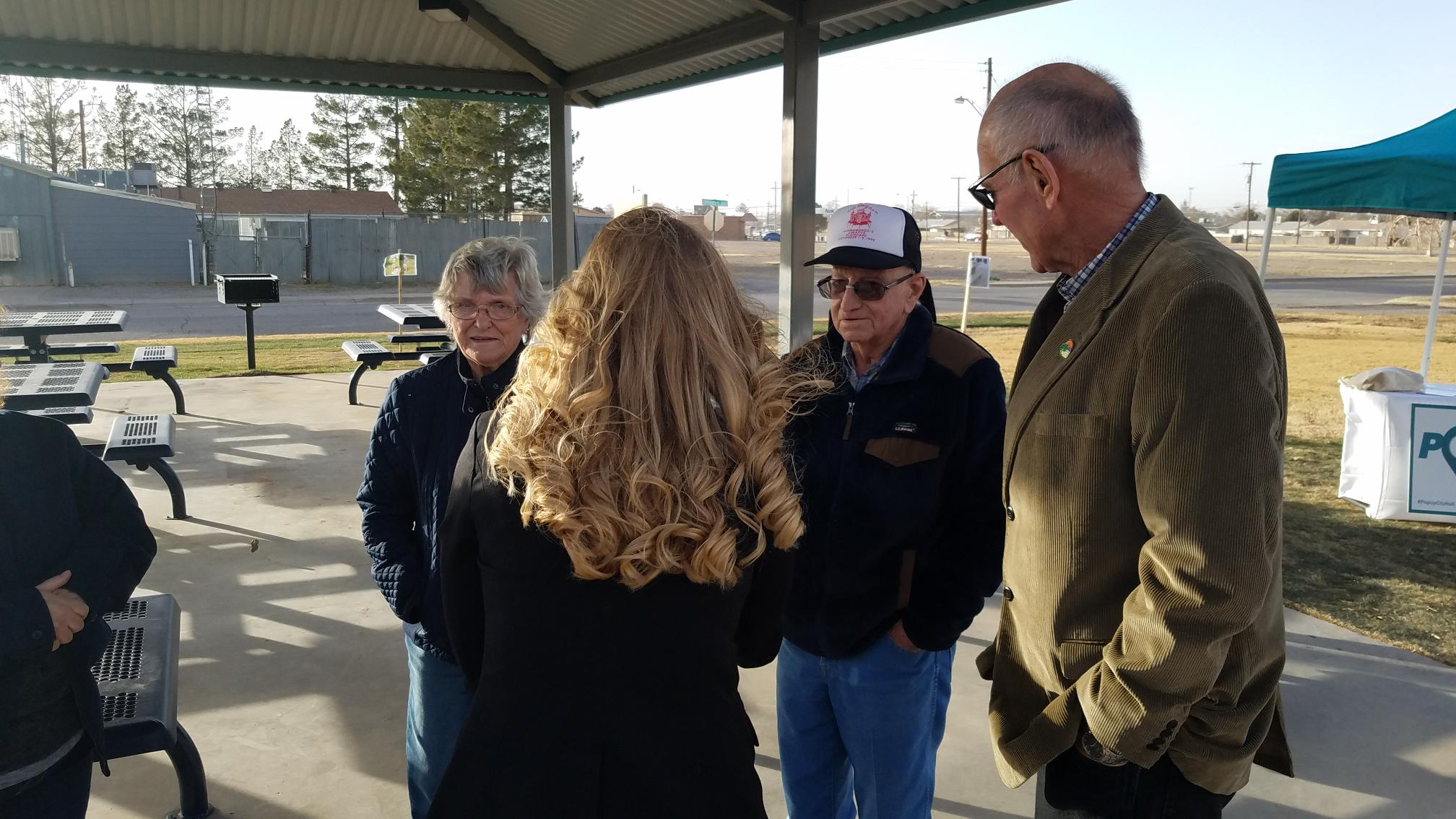 Citizens speak with mayor